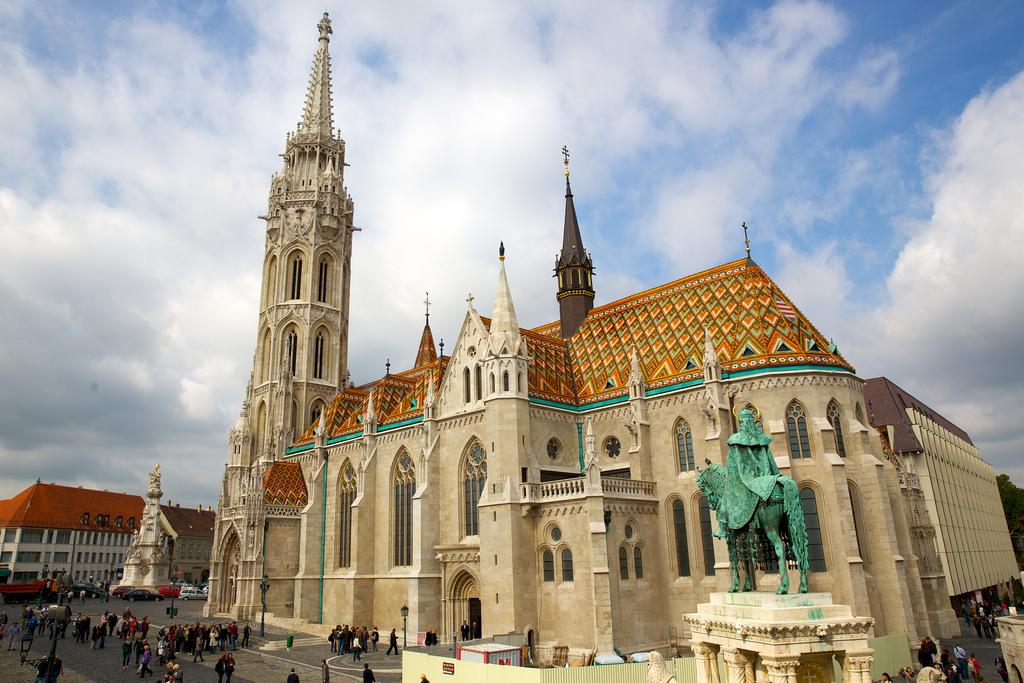 biserica anglia, biserici romanesti in anglia