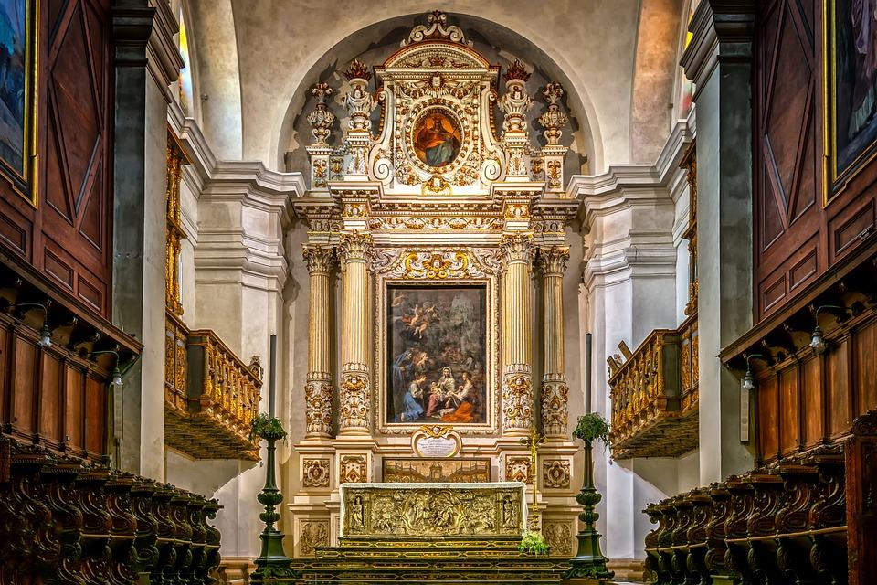 ce biserici romanesti sunt in Valencia