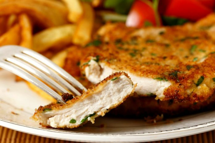 Retete bucatarie italiana: pui in crusta de parmezan18