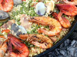 Mancare traditionala Spania : orez cu creveti